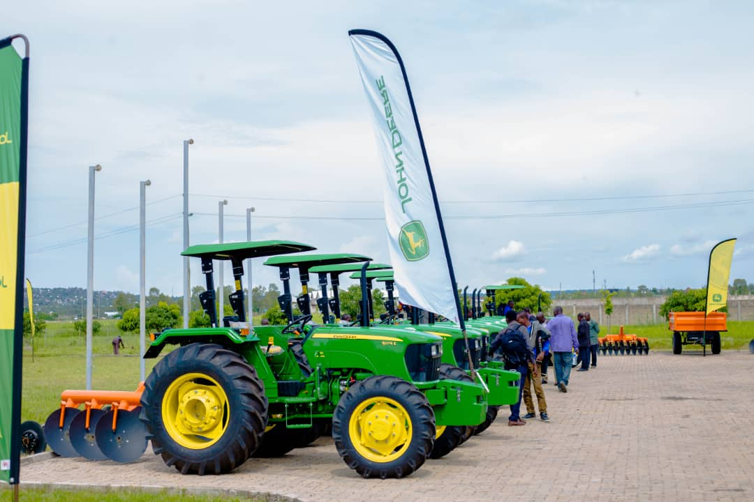 LonAgro Tanzania in collaboration with the Tanzania Agricultural Development Bank handed over 9 John Deere tractors to representatives of several AMCOS
